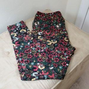 LuLaRoe leggings black w/red/yellow floral, tall &